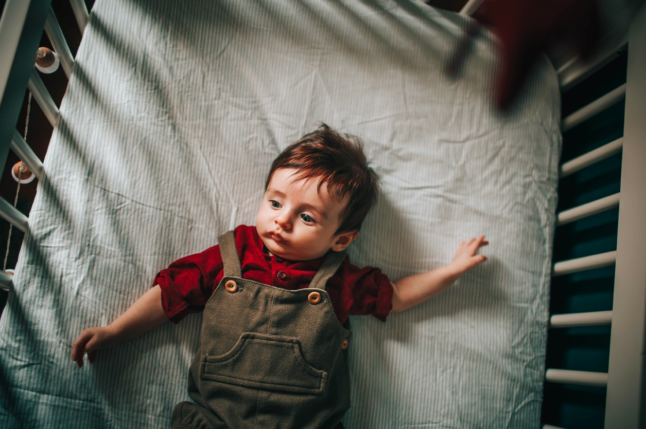 Lit bébé évolutif, est-ce pratique ?