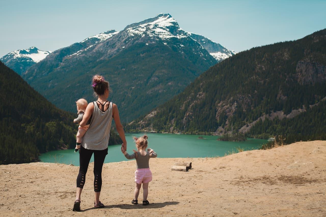 Voyage : tout ce qu'il faut savoir pour voyager avec bébé